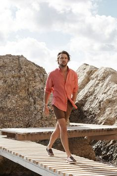 Massimo Dutti 2016 Men's Travel Style