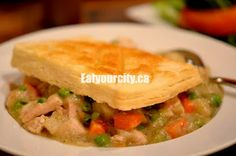 Vi's for Pies Edmonton, AB - homemade chicken pot pie, freshly baked chocolate cakes and of course pies! Food Pics, Food Pictures, Homemade Chicken Pot Pie, Yum Yum Chicken, Freshly Baked, Food Items, Dinner Tonight, Diy Food, Thai Red Curry