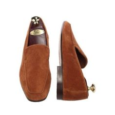 Venetian Suede Slip On | These two colors, black and rust, are offered in the venetian plain front suede #mensfashion #leathershoes #leather #stylish #shoe #shoelover #shoelovers #SilkRoadEXPO