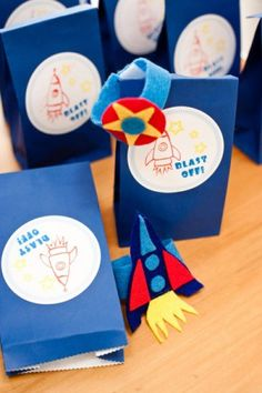 These would make cute treat bags for an outer space birthday party