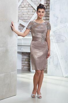 Kati Szalon - bézs színű csipkés alkalmi ruha, koktélruha esküvőre Bodycon Dress, Textiles, Weddings, Bride, Clothes, Accessories, Dresses, Fashion, Vestidos