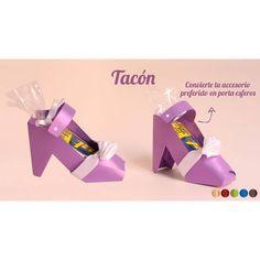 Más que un regalo es un homenaje a las mujeres, regala  un dulce tacón para sorprenderlas. Visita nuestra página web: www.laconfiteriacolombiana.com #regalosatodacolombia  #regala #diadelamujer #regalosempresariales Instagram, Business Gifts, Gifts For Women, Sweets