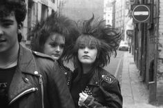 punk girls, Liverpool [photo by Frank Downes]