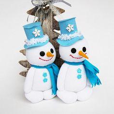 Sněhuláček pro radost. č.1379 Christmas Ornaments, Holiday Decor, Home Decor, Decoration Home, Room Decor, Christmas Jewelry, Christmas Baubles, Christmas Decorations, Interior Decorating