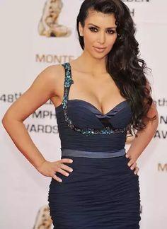 Top Playboy girls Kardashian Jenner, Celebs, Celebrities, Hollywood Actresses, Pin Up Girls, Playboy, Bodycon Dress, Glamour, Formal Dresses