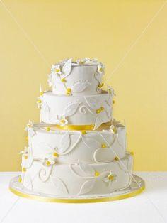 1000+ images about Hochzeitstorten on Pinterest  Wedding seating ...