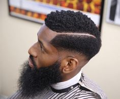 Shape Up Haircuts for Men: 40 Ideas for Instant Shape Up - Men Hairstyles World Textured Haircut, Afro Textured Hair, Fade Haircut, Black Men Haircuts, Black Men Hairstyles, Combover Hairstyles, Afro Hairstyles, Taper Fade Curly Hair, Black Hair Cuts