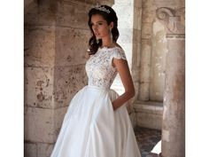 Milla Nova Kira, €1,200 Size: 8 | Used Wedding Dresses