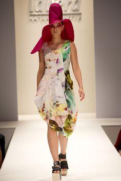 UNEINS SS15 runway, Berlin Fashion Week Berlin Fashion, Ss 15, Runway, Spring Summer, Vintage, Style, Cat Walk, Swag, Walkway