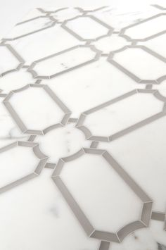 Herald - Water jet   by Mosaique Surface