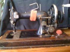 Vesta (L.O. Dietrich) sewing machine.