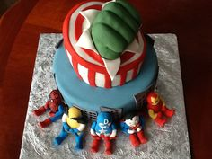 Avengers  Between the layers. Sweets by Mandy betweenthelayerstreats@gmail.com