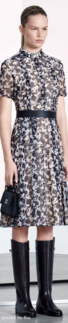 Boss Pre F-16: black & white floral print dress.