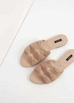 Knots flat sandals   MANGO
