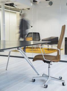 Arkiv for Prosjekter - Nyfelt og Strand Interiørarkitekter Oslo, Conference Room, Chair, Table, Furniture, Home Decor, Modern, Decoration Home, Room Decor