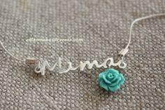 "Precioso colgante para ""mamá"".  enlasmanosdeyaras.com (para encargos personalizados)"