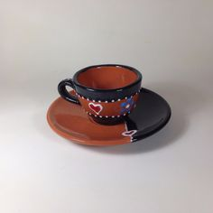 Ceramic Coffee Cups, Hand Painted Ceramics, Ceramic Painting, Rooster, Tea Cups, Dishes, Tableware, Products, Hand Painted Pottery