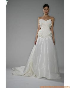 Best wedding dresses are custom-made for you online. Wedding Dresses London, Bridal Wedding Dresses, Cheap Wedding Dress, Wedding Dress Styles, Sweetheart Wedding Dress, One Shoulder Wedding Dress, Lace Bridal Shoes, Vintage London, Bustier
