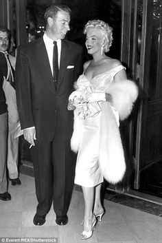 Still longer than Kim and Kris Humphries: Marilyn and Joe were married for less than a year in 1954