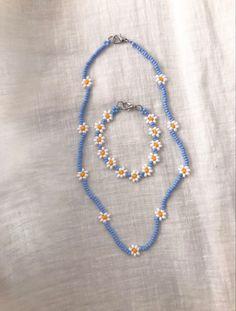 Cute Jewelry, Diy Jewelry, Jewelery, Jewelry Making, Bead Jewellery, Beaded Jewelry, Beaded Bracelets, Accessoires Hippie, Pulseras Kandi