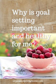 FREE Goal Setting Planner Printables. Motivation for setting goals for your year.  Why goal setting is important and healthy for you.- Organised Pretty Home  #writinggoals #goals #achievegoals #goalsetting #goalsanddreams #smartgoals #important #motivation #mentalhealth #selfconfidence #wellness #goalplanner #achieveyourgoals #makeprogress