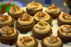 Gingerbread Cupcakes with Cinnamon Cream Cheese