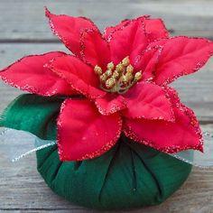 Scented Christmas Sachets Christmas Gifts For Girls, Homemade Christmas Gifts, Homemade Gifts, Christmas Crafts, Christmas Ornaments, Christmas Ideas, Christmas Decorations, Homemade Ornaments, Crochet Christmas