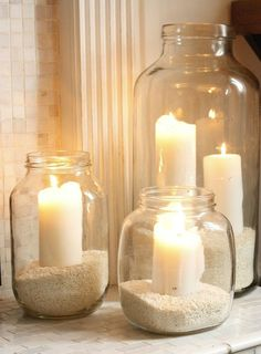 décoration photophore simple: bocaux en verre remplis de sable blanc simple tealight decoration: glass jars filled with white sand - Easy Home Decor, Handmade Home Decor, Cheap Home Decor, Cheap Bedroom Ideas, Diy Bed Room Ideas, Home Ideas Decoration, Glass Jars, Candle Jars, Sea Glass
