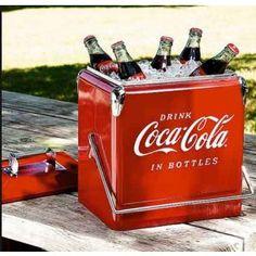 Cooler Contemporary Coca Cola metal vermelho 36x29,5x23,5 cm