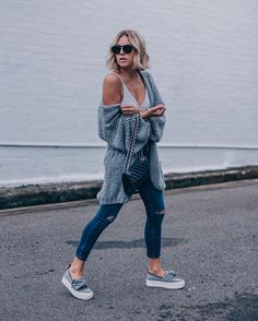 SYDNEY, AUSTRALIA Old chunky knit and new skinny jeans #liangalliard
