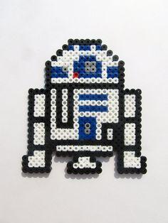 Star Wars R2D2 Perler bead Sprite by ShowMeYourBits