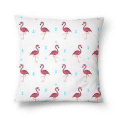 Compre Flamingos de @tatianagomes em almofadas de alta qualidade. Incentive artistas independentes, encontre produtos exclusivos.