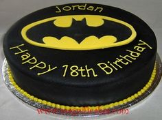 Batman Cupcakes And Dark Knight Oreo Cake My Cakes Pinterest - Dark knight birthday cake