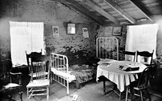 Elling Ohnstad's sod house, interior