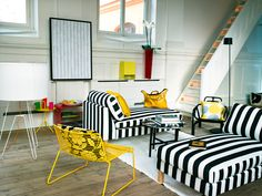 Pretty: yellow and stripes...my kindof combination.
