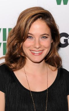 Caroline Dhavernas (/ˈkærəlɨn dəˈvɜrnə/; born May 15, 1978) is a Canadian actress. Dhavernas is best known in the United States as Jaye from the short-lived television series Wonderfalls on Fox. She also starred as Dr. Lily Brenner in the ABC medical drama Off the Map. In 2013, she was cast as Dr. Alana Bloom in the NBC psychological horror drama Hannibal.