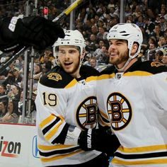 6/3/13 Nathan Horton celebrates his 7th postseason goal with Tyler Seguin in the 1st period of round 3 playoff game 2 at Pittsburgh Pens.
