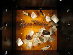 www.retailstorewindows.com: Louis Vuitton, London