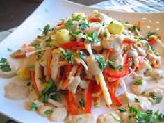 what the hell _does_ a vegan eat anyway?: Raw Food Wednesday: Pad Thai