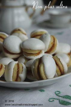 """La cucina di Cristina: Non plus ultra - con il Menu Lib(e)ro i """"dolcetti ... Non Plus Ultra, Menu, Hamburger, Bread, Blog, Menu Board Design, Blogging, Breads, Bakeries"""