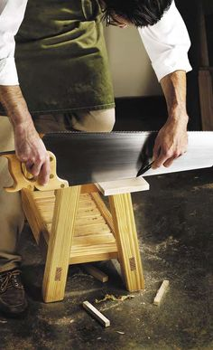 Almost-forgotten Handsaw Tricks By: Megan Fitzpatrick | July 23, 2014