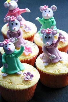 Dancing mice   Flickr - Photo Sharing!