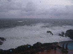 Il mare d'inverno. Oggi a Torre dei Corsari - Sardegna