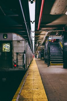 Street subway station, Washington Heights, Manhattan, New York City, New York. Manhattan New York, Manhattan Skyline, Washington Heights, Photographie New York, Travel Photographie, Urban Photography, Street Photography, New York Photography, Lines In Photography