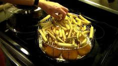 French Fries in the Nuwave Oven Halogen Oven Recipes, Nuwave Oven Recipes, Convection Oven Recipes, Oven French Fries, Cooking French Fries, Fries In The Oven, Frozen French Fries Recipe, Homemade French Fries, Oven Pork Chops