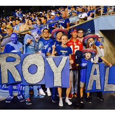 #BringYourBlue #BeRoyalKC #Royals Look at that Chiefs fan!! Wrong stadium...