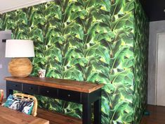 Just can't get enough of those fresh tropical inspired wallpapers! Our client completely renovated a holiday unit at Noosa and the icing on… Tropical Wallpaper, Palm, Vibrant, Green, Holiday, Icing, Pattern, Projects, Wallpapers