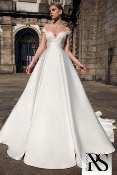 Photo of wedding dress wedding dress 19 008 Ricca Sposa bridal boutique Plain Wedding Dress, Princess Wedding Dresses, Best Wedding Dresses, Bridal Dresses, Wedding Gowns, Modest Wedding, Wedding Bells, Wedding Bride, Ball Dresses