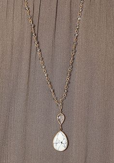 White and Gold Teardrop Stone Necklace