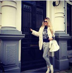 Shop the look van Nikkie Plessen *sweater *jogging www.everythingisfashion.nl